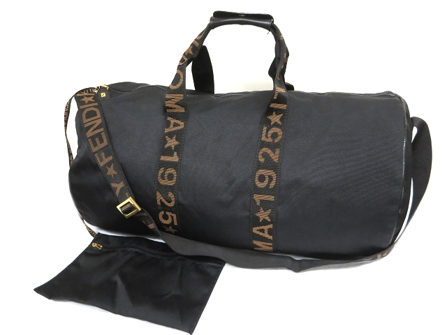 online retailer cb4e0 87aed フェンディ FENDI ポーチ付き ロゴ ナイロン 2WAY ショルダー ボストンバッグ 旅行鞄 ブラック