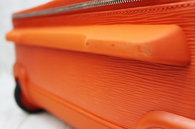 d4ca4cc5f9db ... 美品 ルイヴィトン LOUIS VUITTON キャリーバッグ ぺガス45 エピ オレンジ 旅行鞄 メンズ