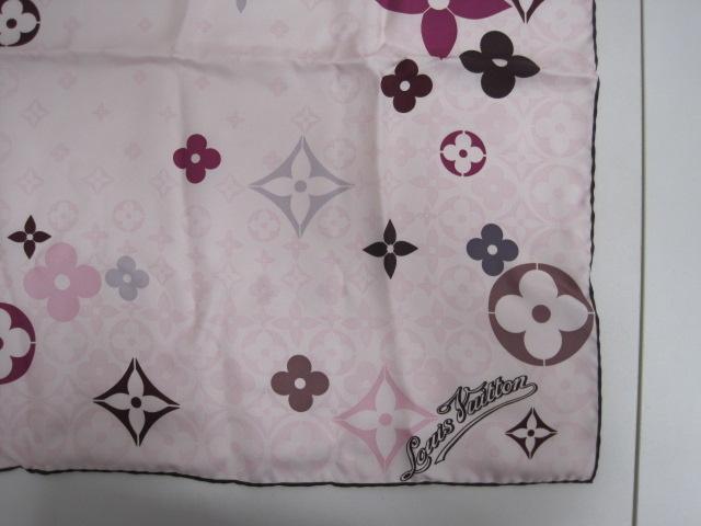 ルイヴィトン LOUIS VUITTON スカーフ ピンク シルク100% 美品 レディース