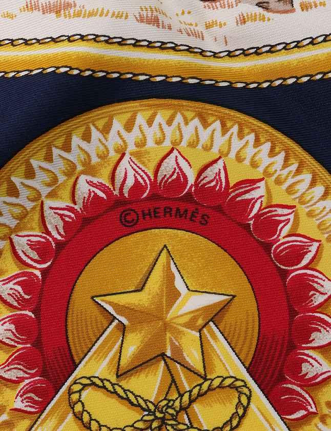 エルメス HERMES スカーフ カレ90 ネイビー 紺 白 小物 シルク100% CHEVAUX DE TRAIT 箱付き レディース