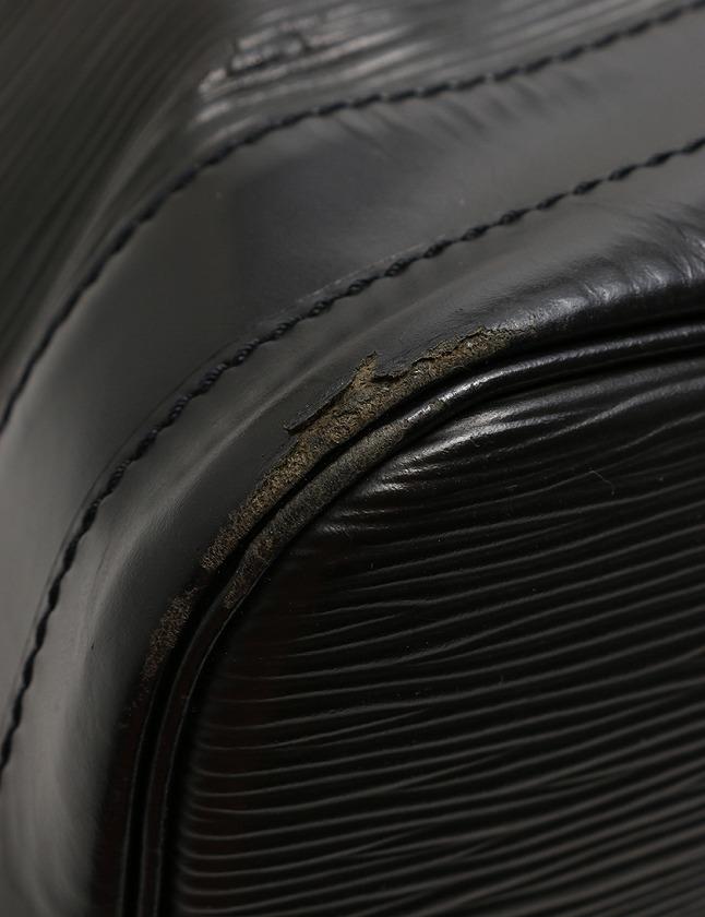 ルイヴィトン LOUIS VUITTON ショルダーバッグ ノエ エピ ノワール 黒 ブラック レザー M59002 レディース