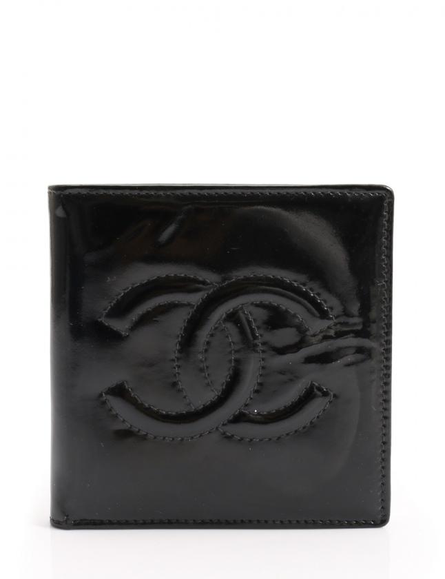 new product f0702 2041c シャネル CHANEL 二つ折り財布 ココマーク 黒 小物 エナメルレザー レディース