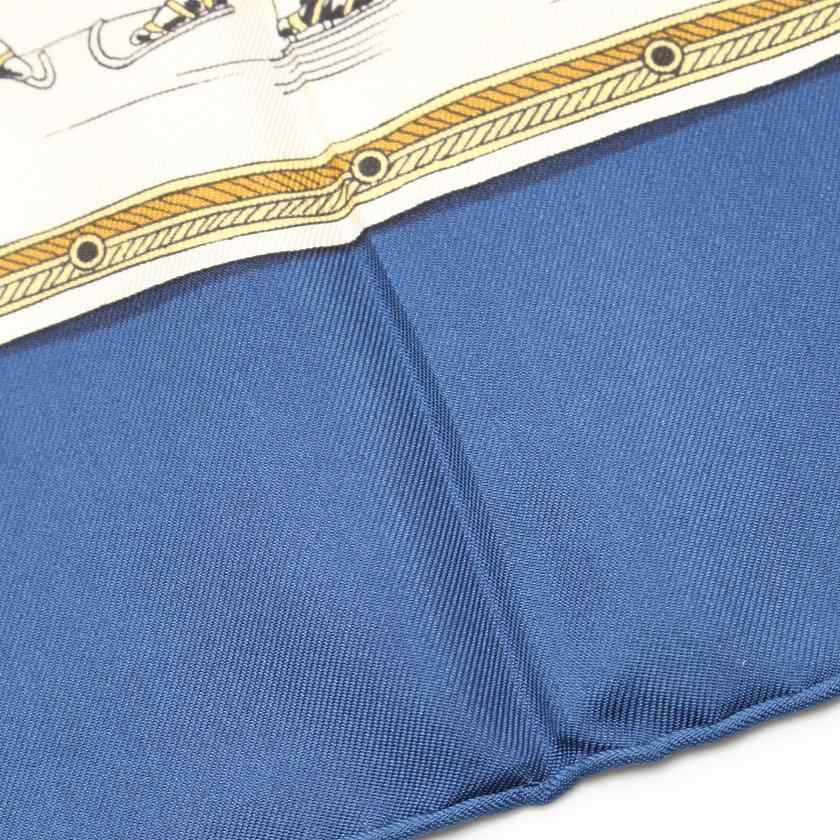 エルメス HERMES スカーフ スクエア カレ90 ネイビー アイボリー マルチカラー 小物 プリント シルク LES PLAISIRS DU FROID レディース