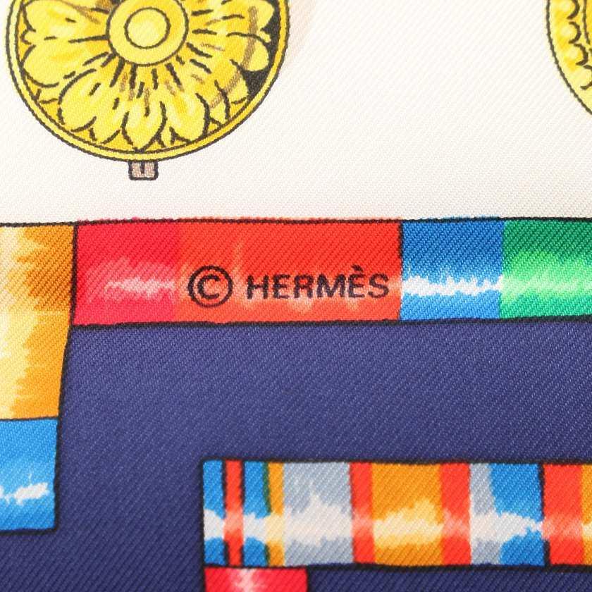 エルメス HERMES スカーフ スクエア カレ90 青 マルチカラー 小物 総柄 シルク Petite Main レディース