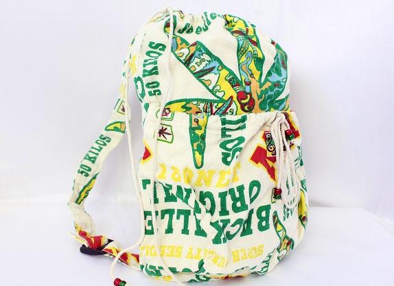 ブーフーウー BOO FOO WOO 子供服 キッズ バッグ リュックサック ナップサック 鞄 英字 プリント ベージュ /VT8 SSAW